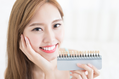 Tooth whitening could damage your oral health says BDA