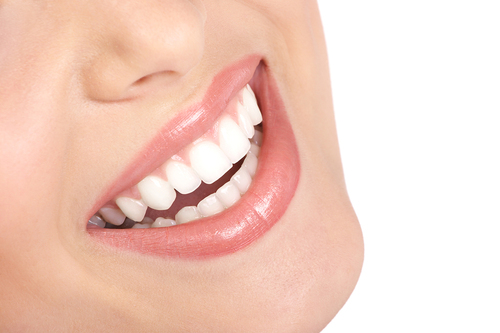 Bogus -dentist- fined for tooth whitening