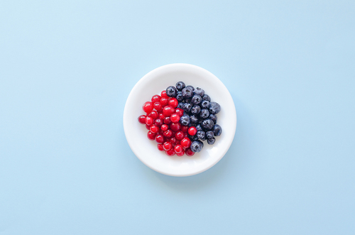 New study: Dark-coloured berries may lower the risk of tooth decay