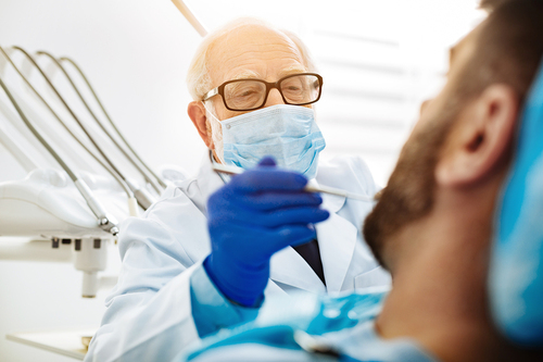 CDC puzzled over increase of lung disease in dentists