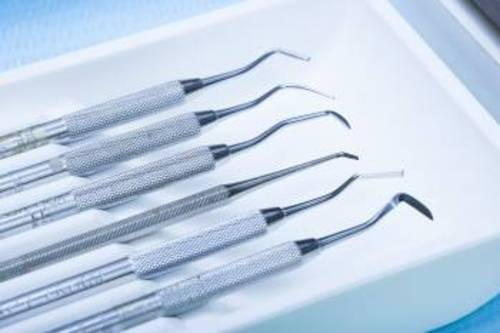 Amazon moves in to selling to dentists