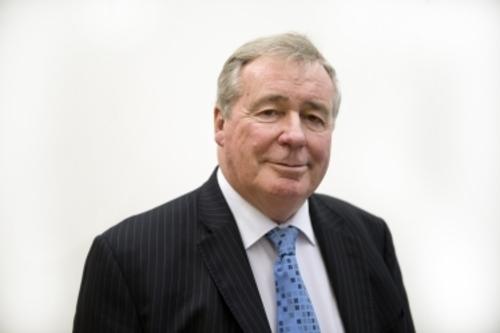 Sir Paul Beresford backs water fluoridation in Parliament