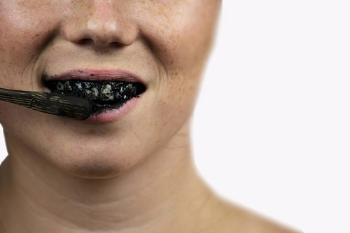 Research condemns charcoal toothpastes