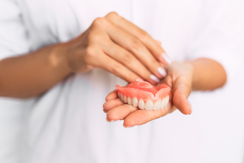 Man nearly chokes to death after denture mishap