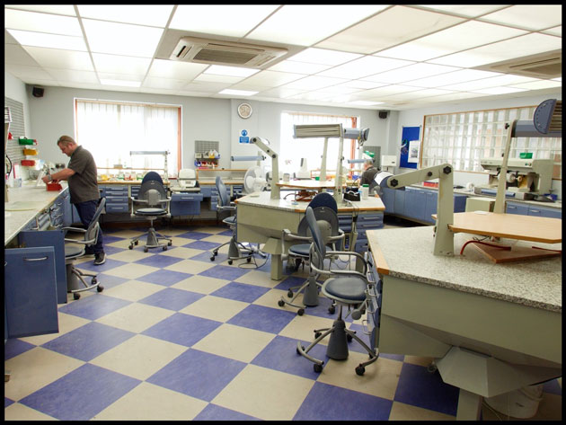 Dental Laboratories In Crisis